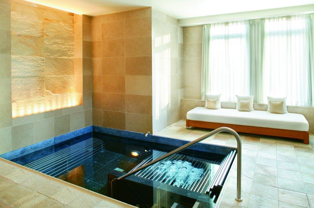 Residences at the mandarin oriental boston for 24 hour salon new york
